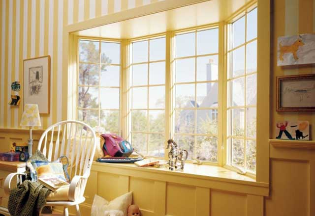 Красиві вікна в дитячій кімнаті - фото
